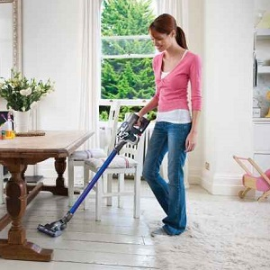 What Is The Best Cordless Vacuum Cleaner? Reviews Of The Top Cord-Free And Battery Operated Models in 2018
