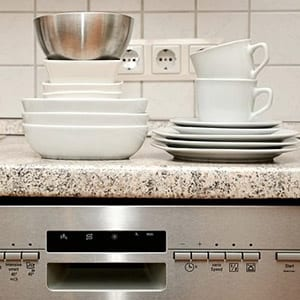 small space cleaning dishes