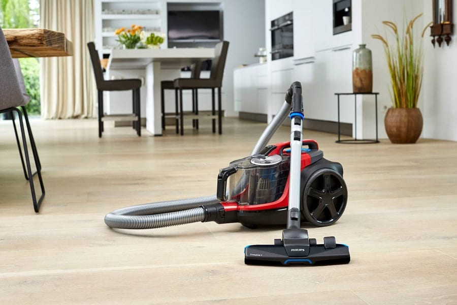 How to Clean a Bagless Vacuum Cleaner