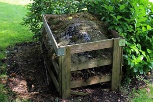 turn leaves into compost