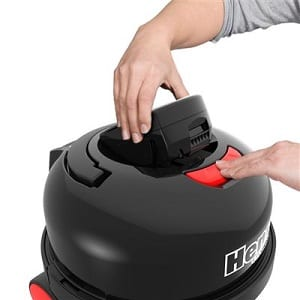 henry cordless has a removable battery