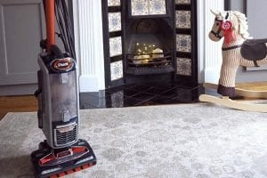 How to Clean and Maintain an Upright Vacuum Cleaner