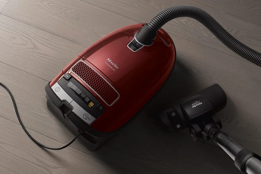 Best Miele Vacuum Cleaners: UK Reviews 2020 1
