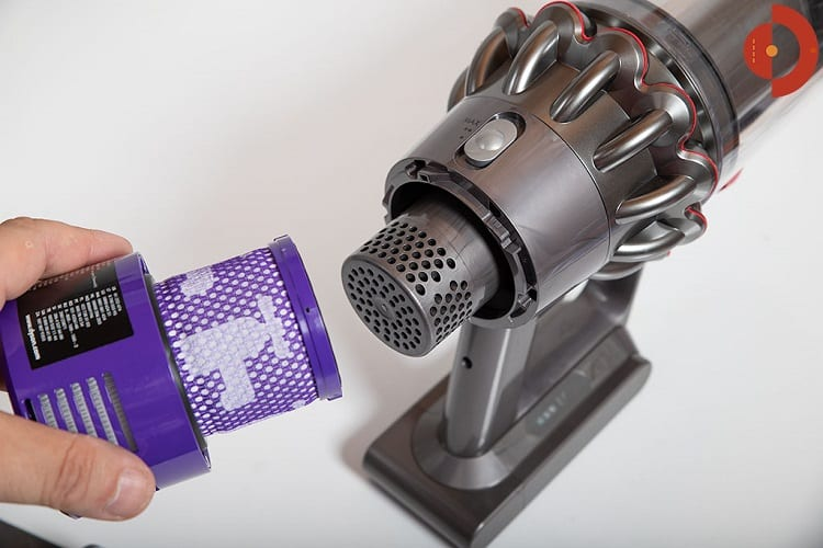 How To Clean And Maintain The Dyson Cyclone V10 3