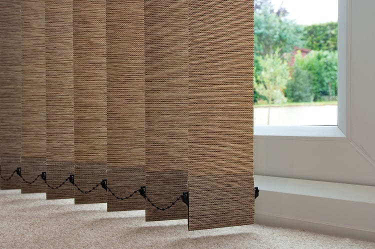 How to Clean Mold off Vertical Blinds